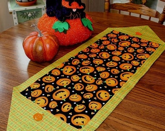 ETSY BIRTHDAY SALE Halloween Table Runner - Lime Green and Black - Party Decor - Halloween Decorations - Free Shipping
