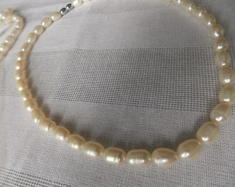 Rivers pearls necklace  Natural freshwater pearls Wite pearls necklace