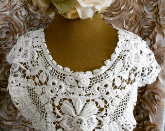 1960's White Crocheted Collar