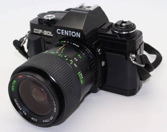 Centon DF-300 SLR 35mm Camera with three lenses, flash & manuals – Tested and very good condition
