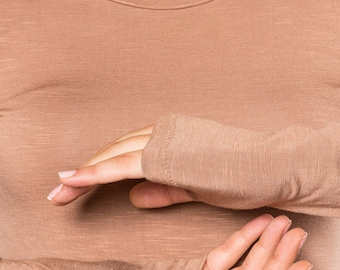Womens Bamboo Shirt with long sleeves and thumb holes, Yoga Workout, Made in Italy