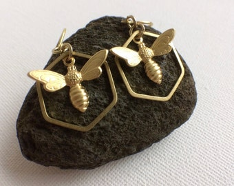 Gold Bee and Honey Comb Earrings, Beehive Earrings, Bee Jewelry, Gold Bee Earrings, Hexagon Bee Earrings, Honeybee Earrings, Mom Gifts