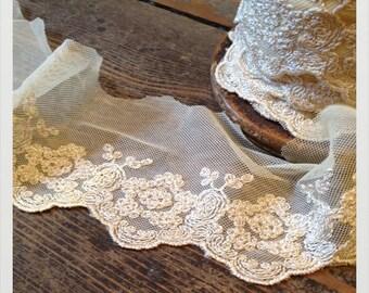 Cream Antique Lace  - 1 metre