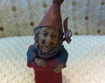 "Tom Clark Gnome, ""Gift""  1987, Cairin Studios"