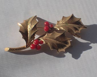 Mylu Signed Christmas Holly Berries Brooch Pin, Mid Century, Gold Plated, 1960s