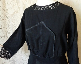 "Antique 1910's Vintage Edwardian Mourning Dress, Simple Black Cotton, Lace Neck and Sleeves, Size 36"" Bust, Waist 30"""