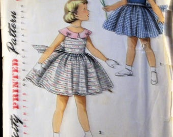 """Vintage 1950s sewing pattern Simplicity #1108 - Size 6 Child's  - """"Simple to make"""" dress with twirl skirt and collar variations - Complete"""