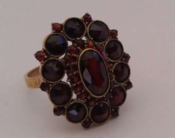 """Antique Late Edwardian Bohemian Garnet Dress Ring, Large Oval Cluster,""""Norm Gold"""", Gilt Metal, Ring Size USA 9.1, UK S, Germany 60, 1910s"""