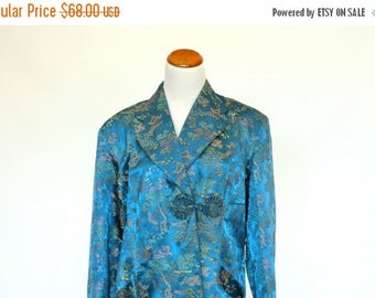 20% OFF SALE Vintage Asian Robe, Japanese Style Housecoat, Women's Bathrobe, Women's Size Large