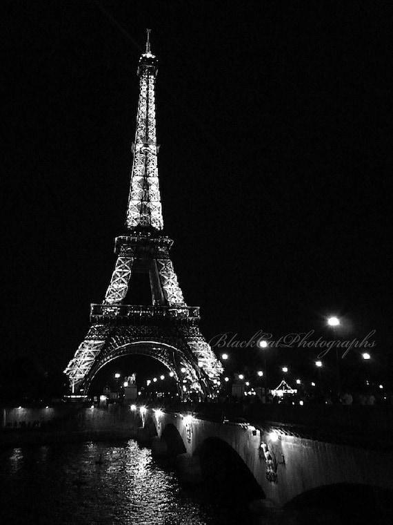 Eiffel tower paris picture paris photo print love art black and white romantic night photography 5x7 wall art eiffel tower wall decor