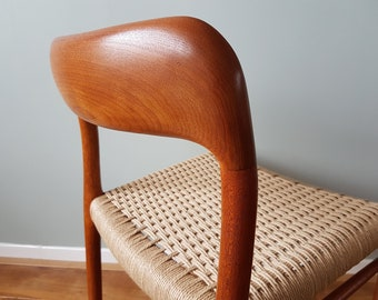 Dining chair Moller 75 - Great condition -   Mid-Century Danish Design
