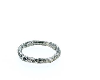 sterling silver twig wedding ring . unique wedding band . handmade branch ring by peaces of indigo . size 4 5 6 7 8 9 10 11 12
