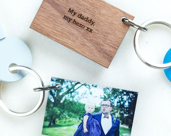 Personalised Photo Keyring in Wood and Acrylic with Engraved Text - Gift for Birthdays / Mother's Day / Father's Day, Personalized Keychain