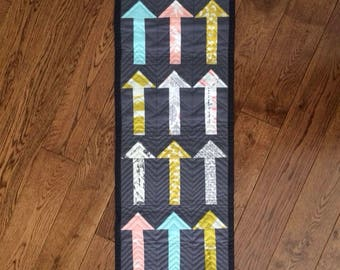 Linda's Modern, Quilted Table Runner or Wallhanging