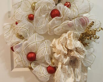 Red, White and Gold Wreath