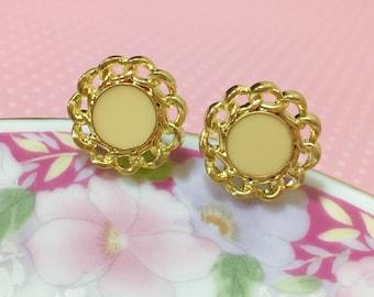 Flower Stud Earrings, Cream Centered Gold Filigree Stud Earrings, Wedding Earrings, Fancy Flower Earrings, Button Stud Earrings (SE4)