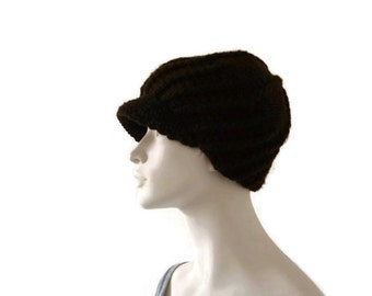 Womens Peak Cap, Knit Peak Hat, Newsboy Hat, Brown Cap