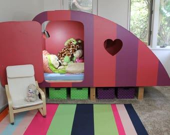 Kids Bed / Girl Bed / Boy Bed / Childrens Bed / Girls Bedroom Furniture /