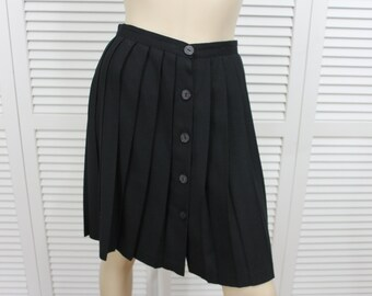 Vintage Black Pleated Short Skirt Size 5 Star C.C.C. 1990s