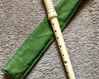 Vintage Aulos Alto Recorder - Recorder - Flute - Musical Instrument - Collectible musical Instrument - Mother's Day - Mom - Mother