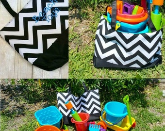 Waterproof Beach and Sand Bag/ Monogrammed Beach Bag/ Personalized Pool Bag/ Personalized Chevron Tote Bag/ Waterproof Chevron Tote Bag