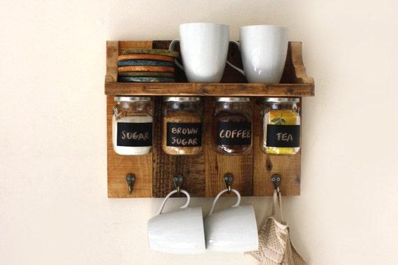 Regal Zum Aufhängen herrliche gewürze oder kaffee regal mit hängenden gläser die