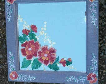 paint on mirror - flowers on mirror and on the frame wood