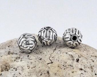 2 pcs - 8mm Bali Silver Beads oxidized