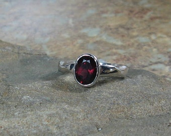 Garnet Solitaire Gemstone Sterling Silver Ring - wavy band ring, Ready to Ship, Size 5.75, OOAK