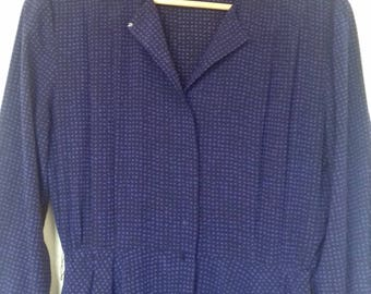1980s long sleeved loose purple dress with belt loops (size 12/14)