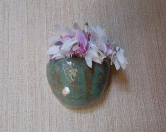 Hanging ceramic small planter