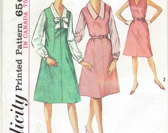 60s Half Size Dress, Jumper,Blouse Pattern Simplicity 5401. V-Neck Blouse w/Pointed Collar & Optional Bow, A-Line Dress. Size 20.5 Bust 41