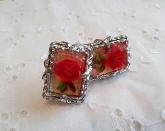 Vintage Orange Rose  Lucite Screw Back Earrings 1950s gold tone