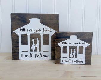 Gilmore Girls Couple in Gazebo Wood Sign
