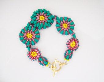 green Beaded super duo bracelet , Bead woven bracelet , Beadwork bracelet , Beaded cuff bracelet , Peyote bracelet , Seed bead bracelet ,
