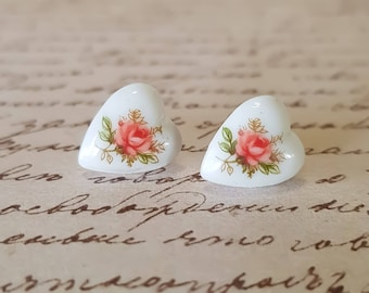 Sweet Vintage Pink Rose Stud Earrings