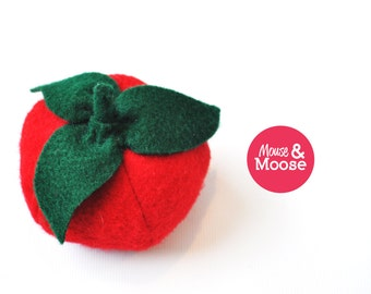 Eco Friendly 100% Wool play Tomato, pretend tomato, play kitchen accessory, felt food, felt vegetable, play food