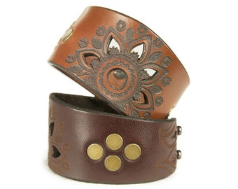 Premium Italian Leather Cuff - The Mandala