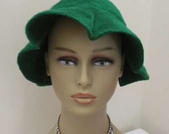 Vintage Lilly Dache Green Hat - Dachettes