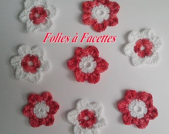 Crocheted in cotton red shades and white flowers