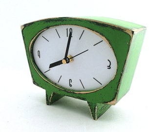 Desk Green Clock, Table clock, Wood Handmade Clock, Wooden Vintage style Clock, Wedding gif, Green decor, Fathers day gift, Summer trends