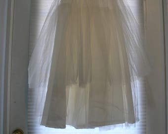 high waisted Bridal wedding dress  petticoat size small