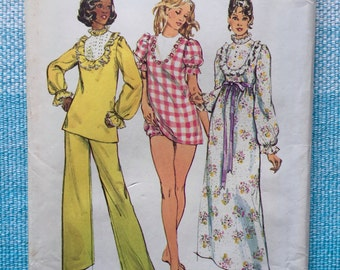 1970s Simplicity 6047 Sewing Pattern Ladies Misses Nightgown Pajamas Puff Sleeves Baby Doll Shorts Ruffles Yoke High Neck Size 16 Bust 38