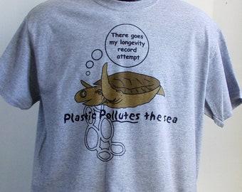 Plastic pollutes the sea Turtle, Medium Tee