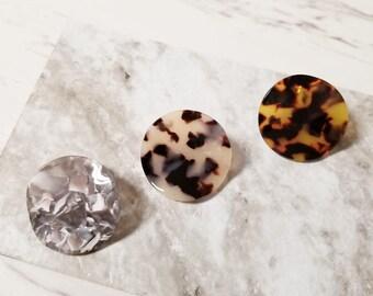 Wavy Disc Tortoise Post Earring, Simple Minimalist, Dainty Post Earrings
