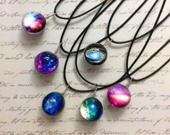 Galaxy Necklace, Galaxy Ball necklace, nebulosa, glass ball
