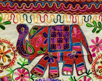 Elephant wall hanging, elephant wall decor, elephant tapestry, boho wall hanging, boho home decor, boho tapestry, India wall hanging