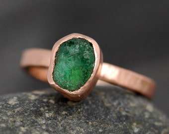 Kolumbianischen Smaragd roher in 14 k recycelt Rose Gold Ring - reserviert