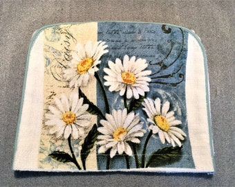 DAUSIES 4 Slice TOASTER COVER, Appliance cover, toaster cozy, appliance cozy, #daisy, #toaster cover, daisy lover gift, housewarming gift