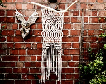 Macrame Wall Hanging // Wall Decor // Boho Wall Hanging